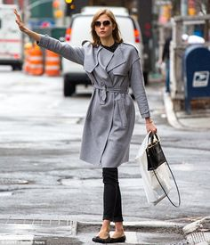 Karlie Kloss - belted collarless trench coat, black ballet flats