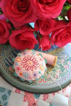 leanneshouse: pincushion (embroidery & ricrac)