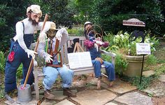scarecrows for gardens - Google Search