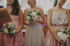 Bridesmaids bouquet. Photo by Samuel Goh Photography. www.theweddingnotebook.com