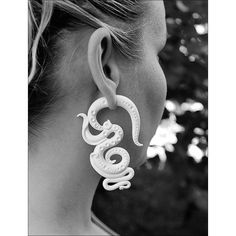 ON SALE White fake gauges earrings, tentacle earrings, octopus... ❤ liked on Polyvore featuring jewelry, earrings, white earrings, octopus jewelry, octopus earrings, imitation jewellery and white dangle earrings