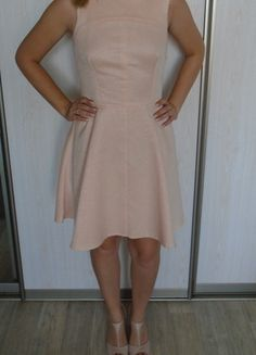Kup mój przedmiot na #vintedpl http://www.vinted.pl/damska-odziez/krotkie-sukienki/9903565-pudrowa-sukienka-mohito-rozmiar-40