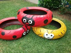 A huge collection of ideas and inspiration for reusing tyres in outdoor play creatively & safely. Save money on outdoor play equipment by upcycling! Project & safety tips included for early childhood educators and teachers. Outdoor Learning Spaces, Kids Outdoor Play, Outdoor Play Areas, Kids Play Area, Backyard For Kids, Outdoor Toys, Eyfs Outdoor Area Ideas, Indoor Play, Patio Ideas