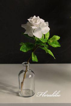 Einzigartig und bezaubernd: die #Gardenie. #NEWYORKER #Parfum