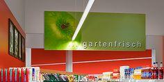 E-Line LED è più efficiente che mai: fino a 169 lm/W http://ow.ly/Sdwz30hMBp4 #retail #LED #luce #fashion #food #efficienza #green