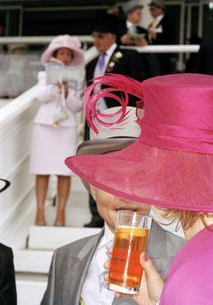 england, epsom, the derby, martin parr, 2004