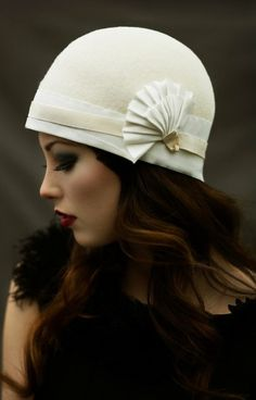 Make-up and adorable hat!