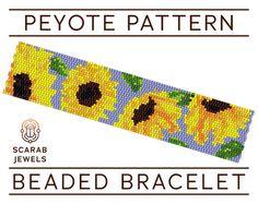 Sunflowers Floral Pattern  Peyote Beading Bracelet por ScarabJewels