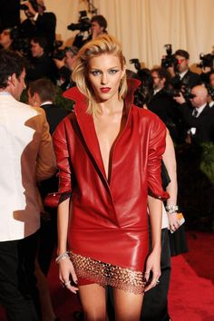 Anja Rubik Photos - Model Anja Rubik attends the Costume Institute Gala for the 'PUNK: Chaos to Couture' exhibition at the Metropolitan Museum of Art on May 2013 in New York City. - Red Carpet Arrivals at the Met Gala Anja Rubik, Punk, Party Fashion, Leather Fashion, Red Leather, Lady In Red, Dame, Fashion News, Ideias Fashion