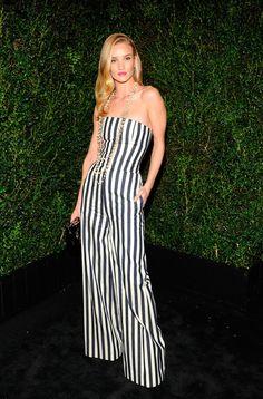 Rosie Huntington-Whiteley Cena pre-Oscares de Chanel