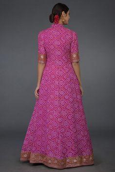 A Global Luxury Design House reinterpreting Indian heritage threads for the modern, discerning consumer Bandhani Dress, Sari Dress, Anarkali Dress, Mehndi Dress, Lehenga Gown, Pakistani Formal Dresses, Indian Gowns Dresses, Long Dresses, Indian Designer Outfits