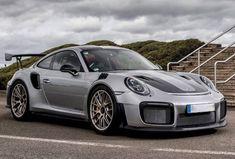 Porsche 911 3.8 GT2 RS PDK Weissach Pack
