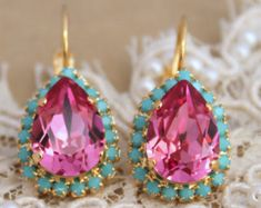 Pink Turquoise Crystal Stud earrings,Swarovski Fuchsia Turquoise studs,Pink Mint Crystal Earrings,Fuchsia Earrings,Bridesmaids Stud Earrings   One Of our best sellers- Elegant earrings with pink -colored crystal rhinestones and turquoise petite stones ♥ 16 mm in diameter ♥ Available in silver or gold, stud or drop Choose at style&  finish box ♥ 1 year guarantee ♥ Wrapped and ready to give, arrives in our signature Petite Delights by Ilona Rubin® Box. ♥ U.S packages insured & shipped w...