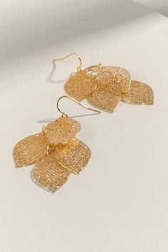 Leaf Earrings, Gold Earrings, Jhumar, Just Giving, Fashion Jewelry, Bangles, Jewels, Accessories, Beauty