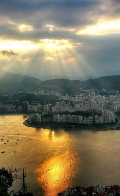 Rio de Janeiro, view from Sugar Loaf, Brazil (by Bert Kohlgraf)