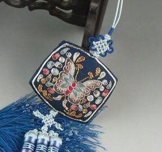 Embroidered Korean hanbok noregi butterfly. 한복노리개