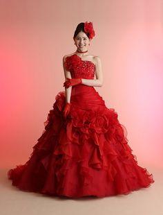 ウエディングドレス、高品質な結婚式ドレスならW by Watabe Wedding / レッド・プリンセスライン・カラードレス