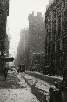 David Vestal    Snow, West 22nd Street, 1958    From The New York School: Photographs, 1936-1963