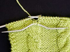 Palmikkoneule - Yhteishyvä Blanket, Knitting, Crochet, Hacks, Create, Diy, Tricot, Bricolage, Breien
