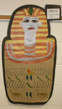 Egyptian Art projects by grade students at Aurora Middle School. Middle School History, High School Art, Middle School Art, School Projects, Art Projects, Project Ideas, Ancient Egypt Activities, Canopic Jars, 6th Grade Art