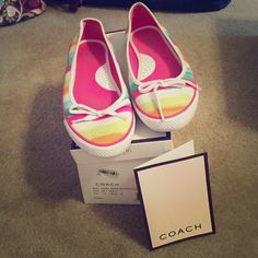 Coach flats Coach striped flats. Barley worn, in like new condition. Perfect for summer! Coach Shoes Flats & Loafers