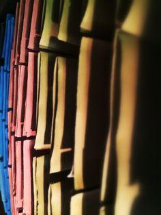Feuilles de papier du Moulin Richard-de-Bas - Ambert. Photo © Copyright Yves Philippe