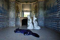 Le renard du Cheshire, 2007 /Grès émaillé, 120x100x64 cm, 3 éléments : Chateau de Rambouillet, 2011 - Françoise Petrovitch