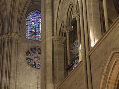 Cathédrale Notre-Dame Triphorium et vitraux du transept sud, Paris