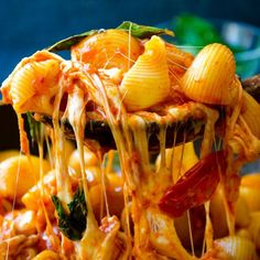 Pasta loaded with tomato and cheese flavors. No cream is used in this recipe. Creaminess is coming from milk and lots of cheese.
