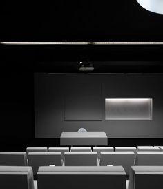 Piano, Theatre, Flat Screen, Music Instruments, Atelier, Theatres, Flatscreen, Pianos, Theater