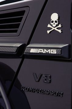 Mercedes G Wagon AMG.instead of skulls/bones I'd rock a Direwolf sigil Mercedes G Wagon Amg, Mercedes Benz G Class, Sexy Cars, Car Detailing, Luxury Cars, Dream Cars, Super Cars, Mastermind Japan, Wheels