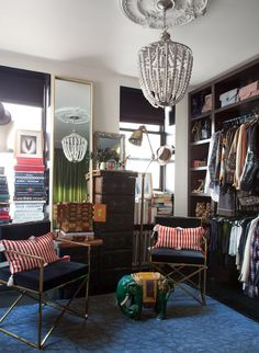 Take a look inside The Glamourai founder's apartment! Kelly Framel's studio was transformed using small space hacks. The budget-friendly design incorporates some of the latest styles available from HomeGoods! For more small space ideas, go to Domino. Dressing Room Closet, Dressing Rooms, Famous Interior Designers, Gravity Home, Eclectic Style, Home Look, Inspired Homes, Elle Decor, House Tours