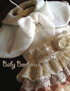 White wool Capelet Baby, Toddler , Flower girl Wedding, Christmas Holidays by Rosanna Hope for Baby bonbons