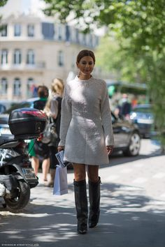 Christine Centenera – Carolines Mode