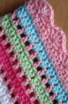 Sensational Benefiting From Beginners Crochet Ideas. Awesome Benefiting From Beginners Crochet Ideas. Crochet Motifs, Crochet Borders, Crochet Squares, Crochet Blanket Patterns, Baby Blanket Crochet, Crochet Blankets, Crochet Crafts, Crochet Yarn, Crochet Hooks