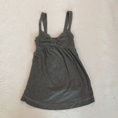 Abercrombie and Fitch gray jersey knit tank top Abercrombie and Fitch gray jersey knit tank top Abercrombie & Fitch Tops Tank Tops