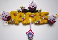 ♥♥♥ Amarelo e violeta são as cores favoritas da Sadie, que é irmã da Marie Celeste e da Megan dos banner anteriores. Já a voar para L.A.! by...