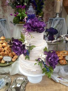 Sugar Flower & Frill Cake  - via @Craftsy