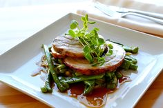 Canada's Best New Restaurants 2014 // Meilleurs nouveaux restos canadiens : www.enroute.ac/2014top10