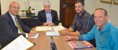 No gabinete do deputado Romanelli, Tiago Albano assegura emendas para o município