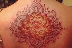 A Gorgeous back tattoo design♥