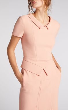 Lilas Capped Sleeve and Collar Top in Pink Wool Business Dresses, Business Outfits, Latest Fashion Design, Fashion Tips, Suits For Women, Clothes For Women, Robes Vintage, Dress Stand, Classy Outfits