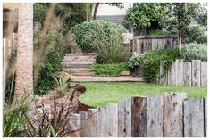 Fig Landscaping are a Byron Bay based landscaping company who provide landscape design, construction and maintenance services throughout Northern Rivers. Coastal Gardens, Beach Gardens, Rustic Gardens, Tropical Gardens, Australian Garden Design, Australian Native Garden, Rustic Patio, Farmhouse Garden, Modern Farmhouse