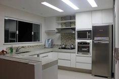 Resultado de imagem para cozinha com coifa de parede