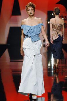 Andreas Kronthaler for Vivienne Westwood Spring 2006 Ready-to-Wear Fashion Show - Irina Bondarenko