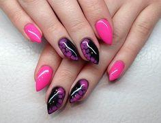 Pink snakeskin nails