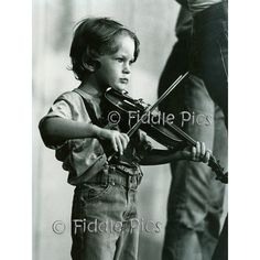 FIDDLE BOY / Appalachian Child Playing Violin / Vintage 1970s