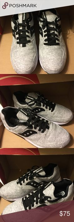 Saucony GRID 9000 BRAND NEW Light Grey/Black/White Sneakers Saucony Shoes Sneakers