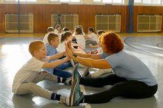 Ako využiť nácvik rytmiky pre dynamický strečing na 1. stupni Sumo, Wrestling, Sports, Lucha Libre, Hs Sports, Sport