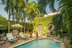 Miami Beach Mediterranean Villa for Lease in South Beach! Miami Beach Mediterranean Villa for Lease in South Beach! Fall in love with this charming 4BD/3.5BA, Med Villa in SoBe location! Contact Nancy Batchelor: Office 305-329-7718 | Cell 305-903-2850 View Property: http://www.nancybatchelor.com/miami-beach-luxury-properties-for-sale/miami-beach-mediterranean-villa-for-lease-in-south-beach/